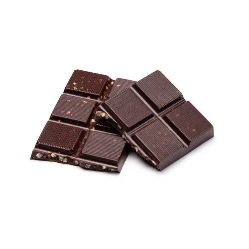 Petite barre de chocolat noir et quinoa soufflé caramélisé