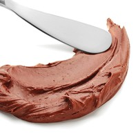Chocolate-almond spread