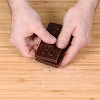 Grande barre de chocolat noir de 112 g