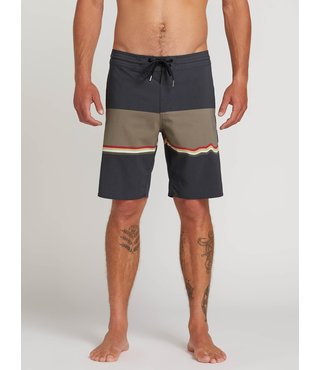 3 Quarta Stoney Board Shorts - Asphalt Black