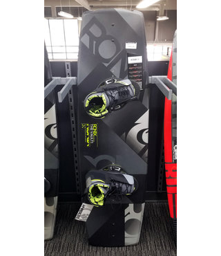 Ronix Vault Wakeboard 139 w/ Remix Bindings Size 10-14