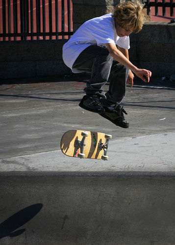 BHouse Trick Of The Week - The Kickflip