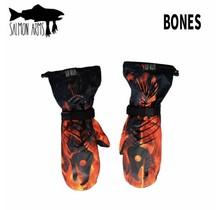 Salmon Arms Over Mitt - Bones