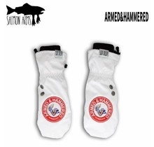 Salmon Arms Classic Mitt - Armed & Hammered