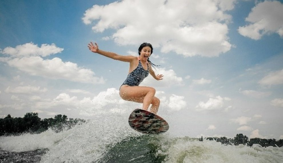 5 Wakesurf Tricks To Up Your Game