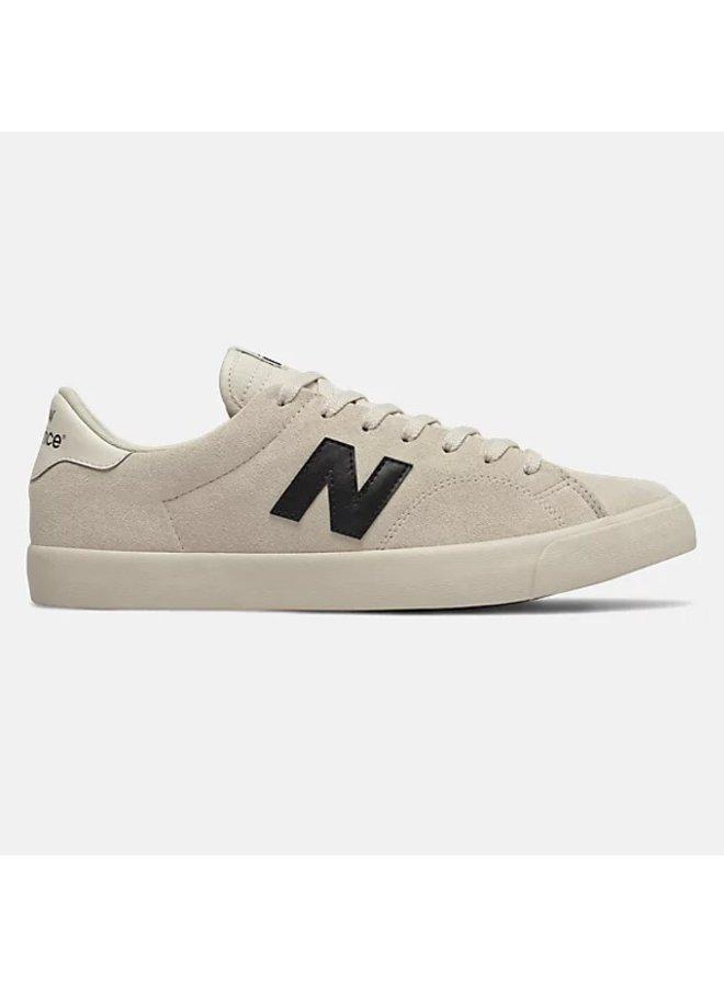 All Coasts Numeric 210 Shoes - White/Black