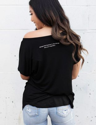 The Roster The Roster 'Always Find Beauty' Pocket Tee