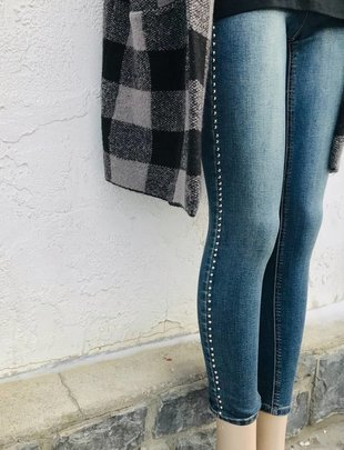 DEX Dex Pants Jeans w/ Stud Detail
