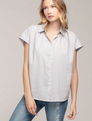 Everly Everly Blouse S/Slv Button Down Shirt