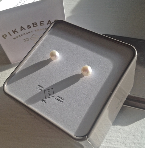 Pika & Bear Earrings 'Delphinis' Freshwater Pearl Stud