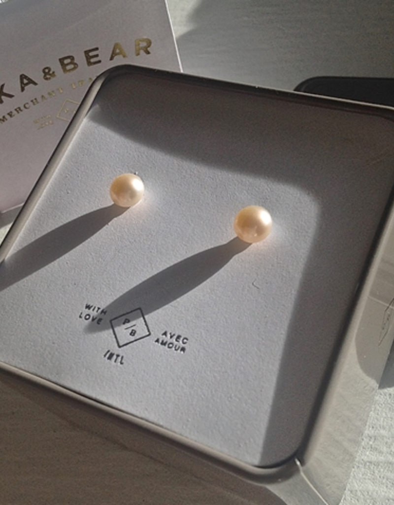 PIKA&BEAR Pika & Bear Earrings 'Delphinis' Freshwater Pearl Stud