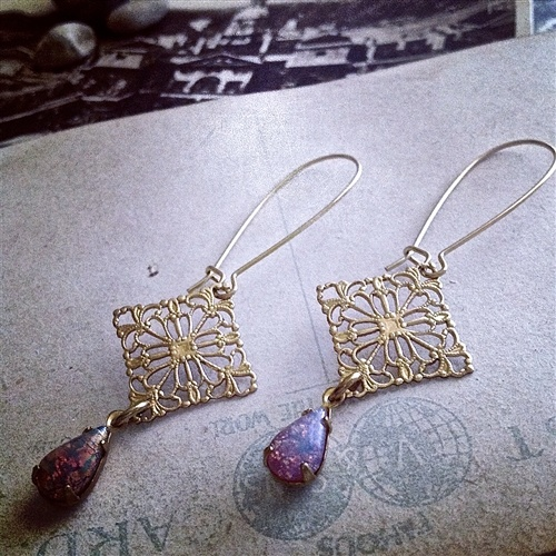 Pika & Bear Earrings 'Flamenco' Harlequin Opal Drops