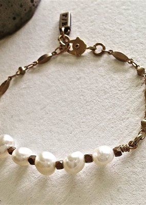PIKA&BEAR Pika & Bear Bracelet 'Indira' Ornate Brass Chain