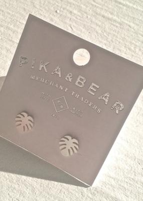 PIKA&BEAR Pika & Bear 'Monstera' Leaf Studs