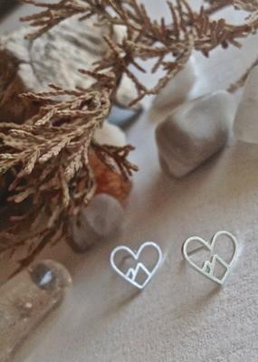 PIKA&BEAR Pika & Bear Earrings 'Burgess' Heart of the Mountain Stud