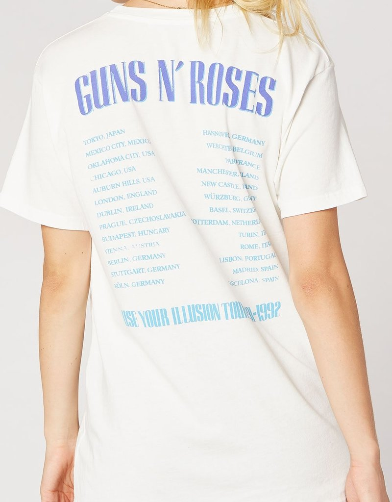 """Daydreamer Daydreamer Guns N' Roses """"Use Your Illusion"""" Tee"""