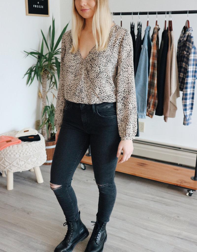 BB DAKOTA BB Dakota Bodysuit Animal Magnetism L/Slv Leopard Print