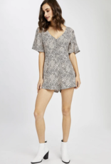 GENTLE FAWN Gentle Fawn Odyssey S/Slv V Neck W/ Buttons Ditsy Print