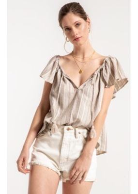 Others Follow Others Follow Blouse S/Slv Loose Top W/ Tassels