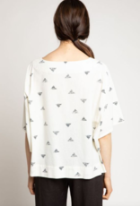 Grade & Gather Grade & Gather Triangle Print Top S/Slv Oversized & Boxy F'20