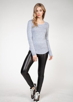 DEX Dex Top L/Slv Scoop Neck w/ Round Hem F'20
