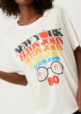 "Daydreamer Daydreamer Elton John ""New York"" Boyfriend Tee F'20"