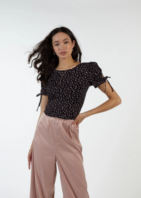 Sadie & Sage 'Pepper' Top S/Slv Scoop Back Crop