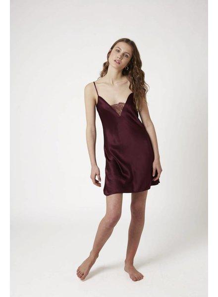Ginia (SF) Silk chemise w/lace