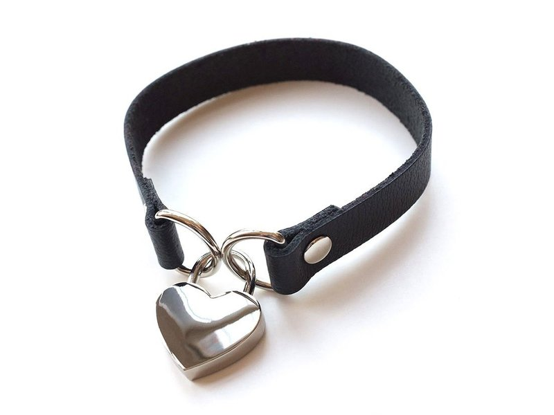 Heart Lock Collar