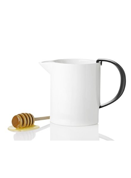 STELTON MILK JUG WHITE