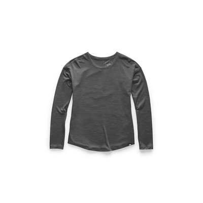The North Face Women's Hyperlayer Flashdry Long Sleeve Crew Shirt 2020