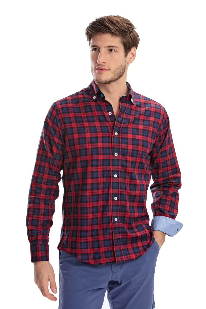 RED/BLUE PLAID UNTUCKIT