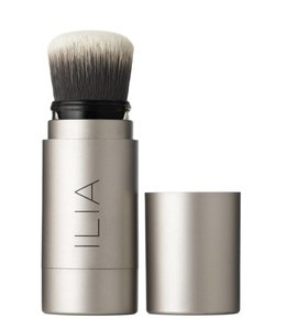 ILIA Translucent Powder - Fade Into You 2 in 1 Powder Brush