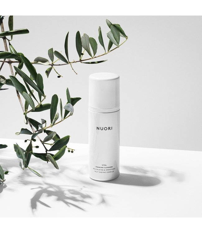 NUORI Vital Foaming Cleanser GIFT
