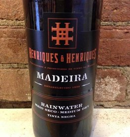 NV Henriques & Henriques  Rainwater 3 Year Madeira, 750ml