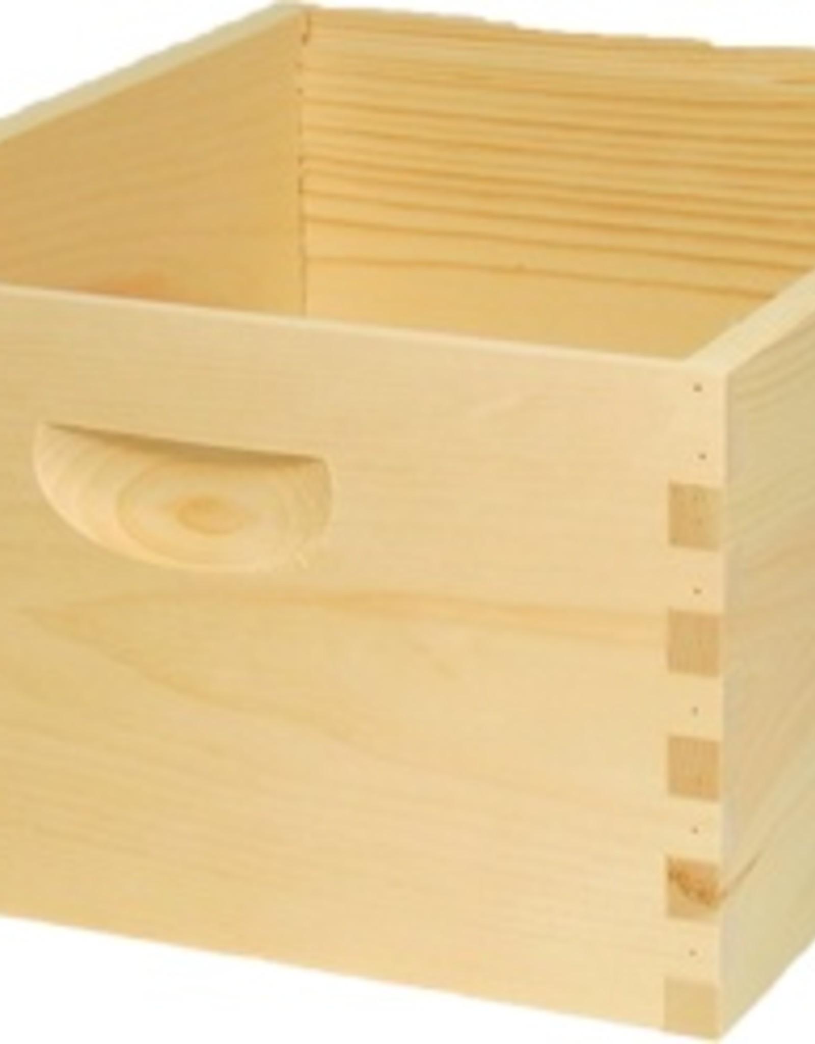 *8-Frame Deep Hive Body, Assembled