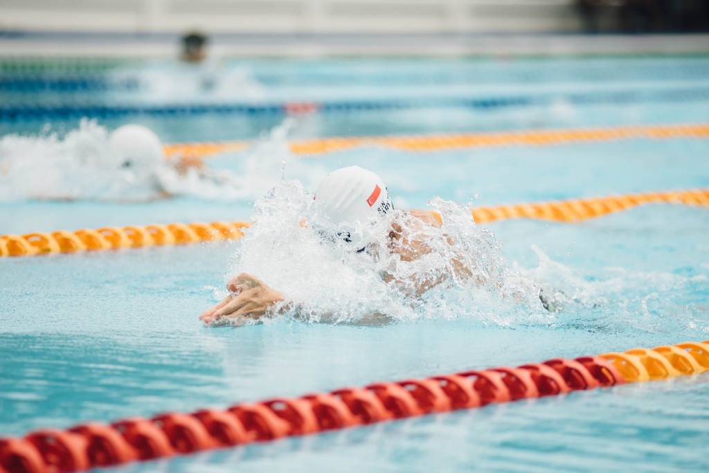 The Triathlete's Swim Goggles: Small Detail, Major Impact