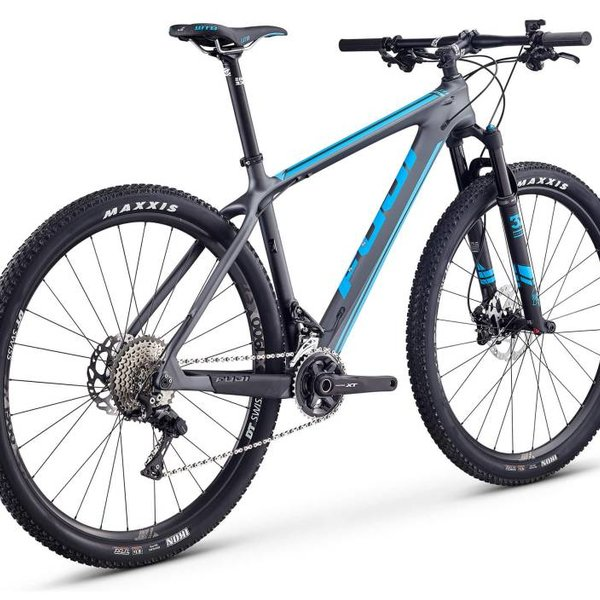 Fuji SLM 2.1 XT Hardtail Mountain Bike