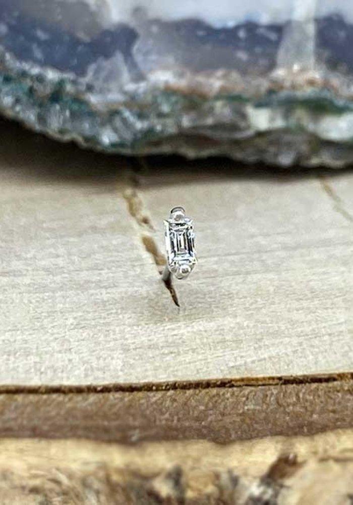 Buddha Jewelry Paris Prong Baguette White Gold with White Diamond Threadless