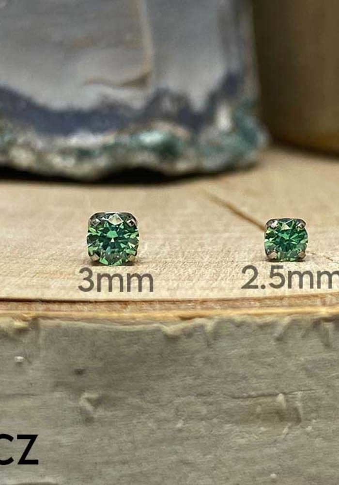 Neometal Prong Gem Titanium Green CZ Threadless