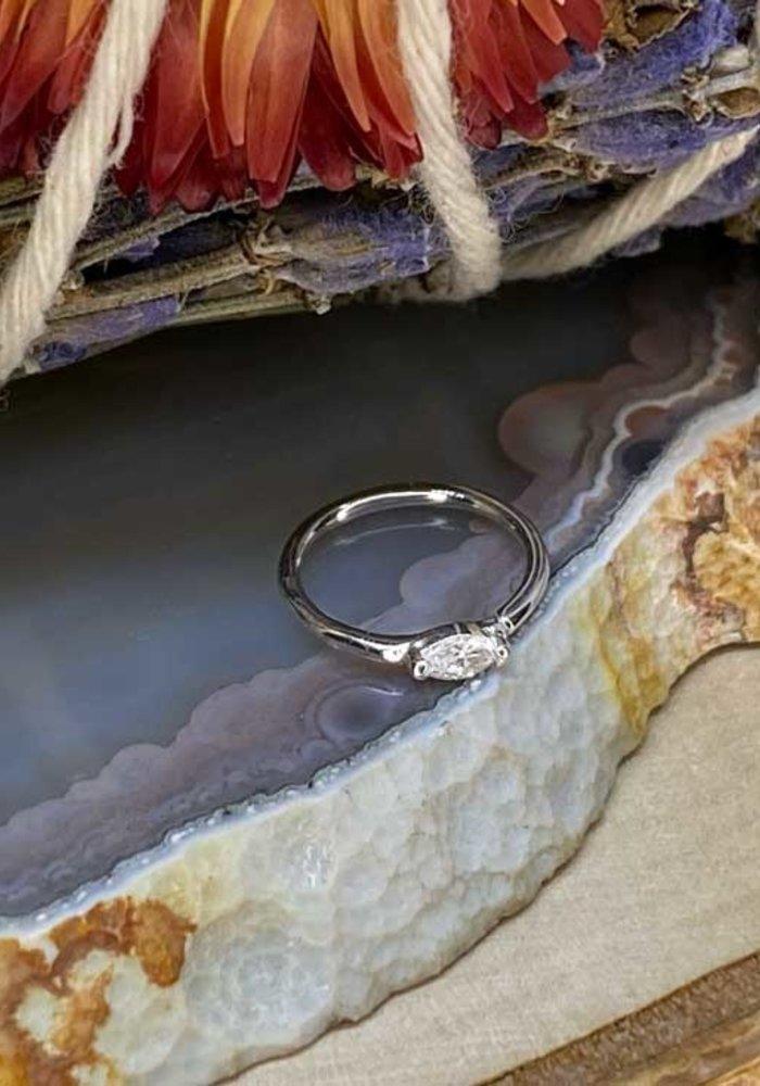 """Buddha Jewelry Organics Zuri White Gold with White CZ 18g 5/16"""" Seam Ring"""