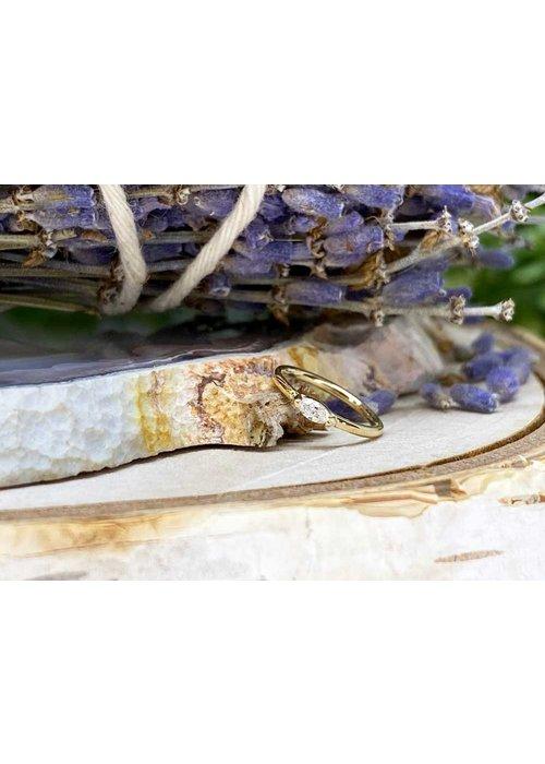 """Buddha Jewelry Organics Buddha Jewelry Organics Zuri Yellow Gold with White CZ 18g 5/16"""" Seam Ring"""