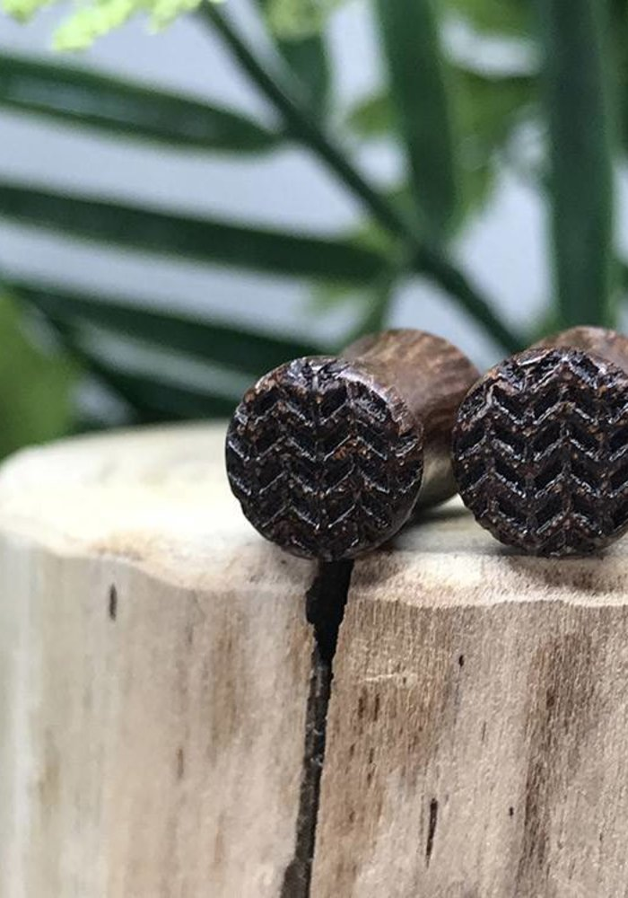 Omerica Organics Chevron Etched/Graphic Double Flared Plug