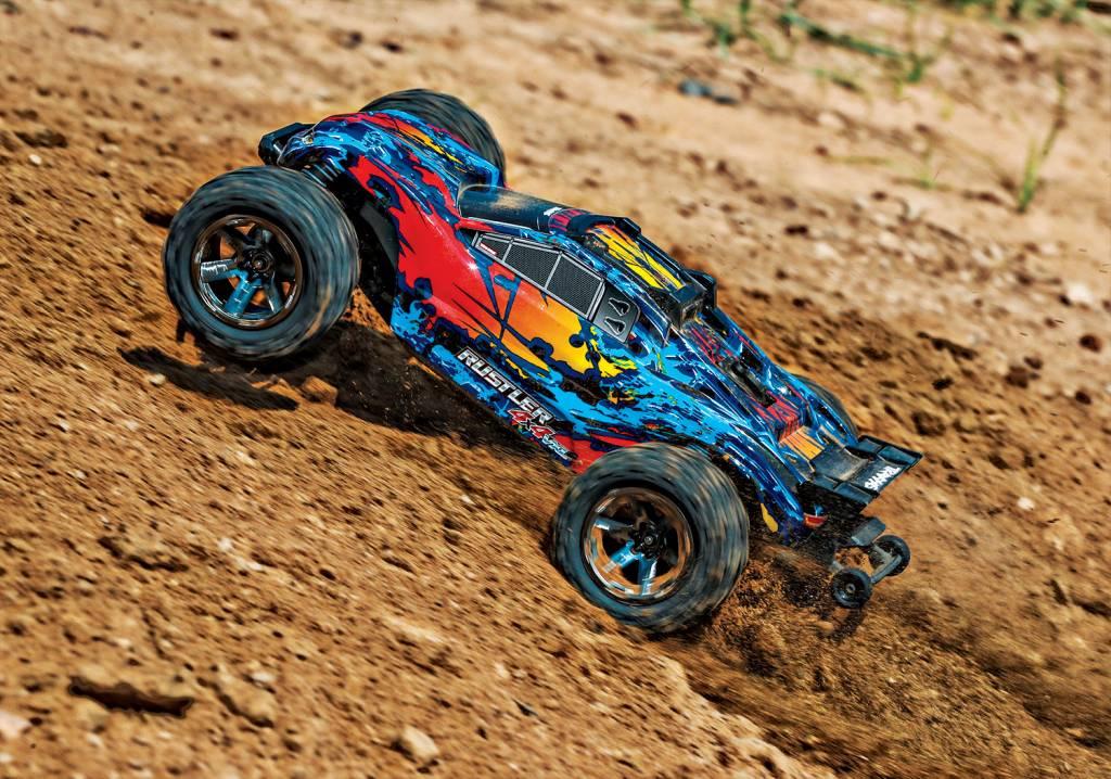 Traxxas 67076-4-fd  RUSTLER 4X4 VXL - RED, YELLOW