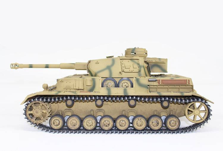 1/16 Scale Panzer IV Metal Edition Tank Camo (Airsoft) TAG12093