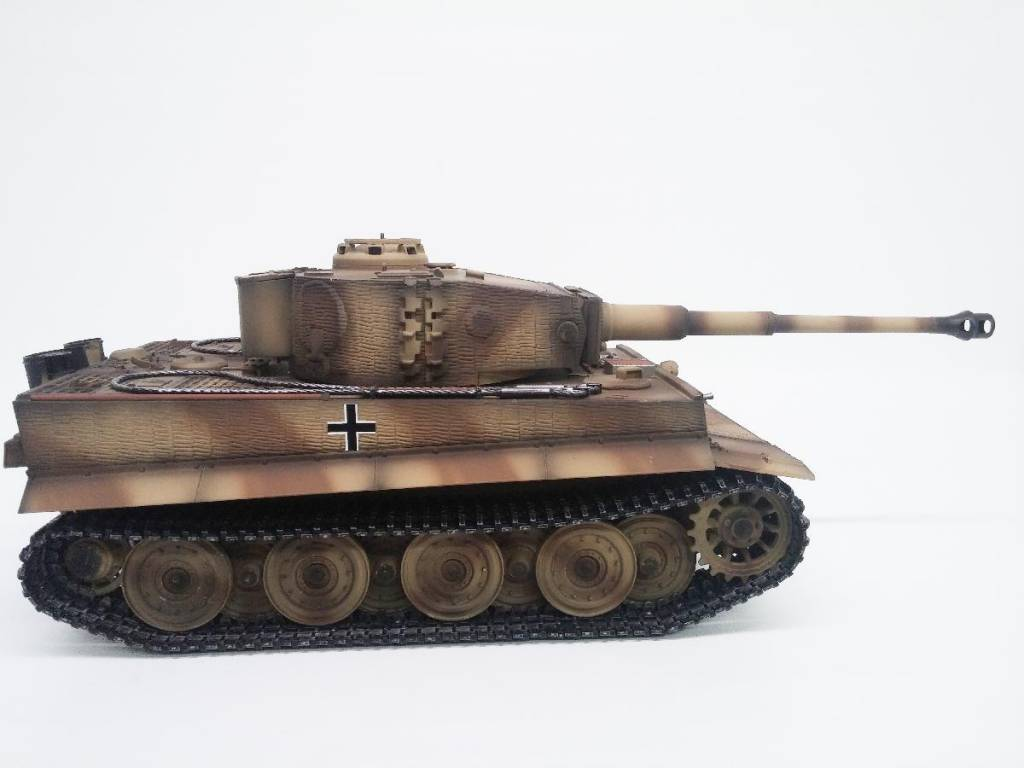 Taigen Tiger 1 Late Version (Metal Edition) Airsoft 2 4GHz RTR RC Tank  1/16th Scale