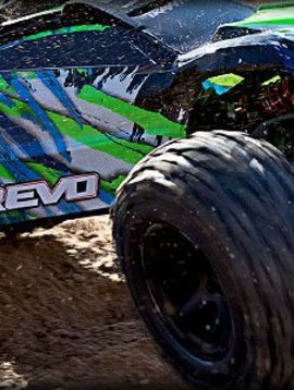 Traxxas E- Revo VXL Brushless 1/10 Scale Monster Truck Green