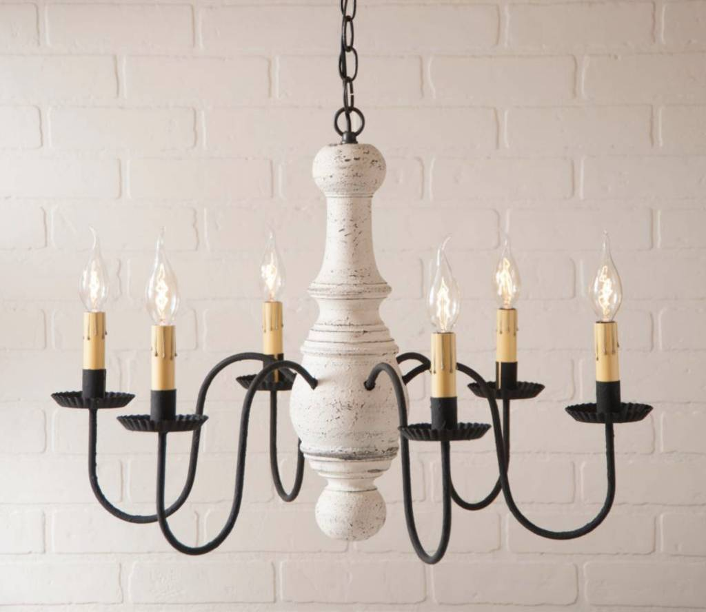 Irvin's Tinware Maple Glenn Wood Chandelier in Americana