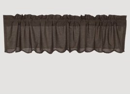 VHC Brands Kettle Grove Plaid Scalloped Valance