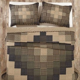 VHC Brands Coal Creek Queen Quilt